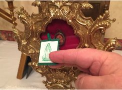 Free Green Scapulars Touched to Relic of True Cross for Conversion & Healing